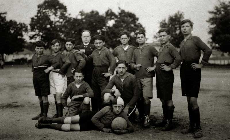 La squadra ragazzi del Leone del 1930